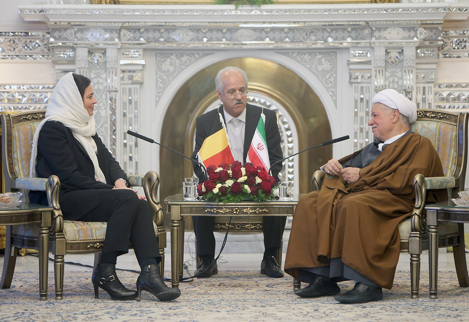 رئیس سنای بلژیک خطاب به هاشمی: شما از فرزانگان ایران هستید/باید برای عملیاتیشدن برجام تلاش کنیم