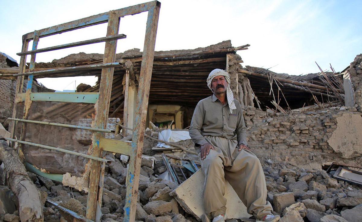 در انتظار کمک هستیم/سرما و تشنگی زلزلهزدگان را تهدید میکند