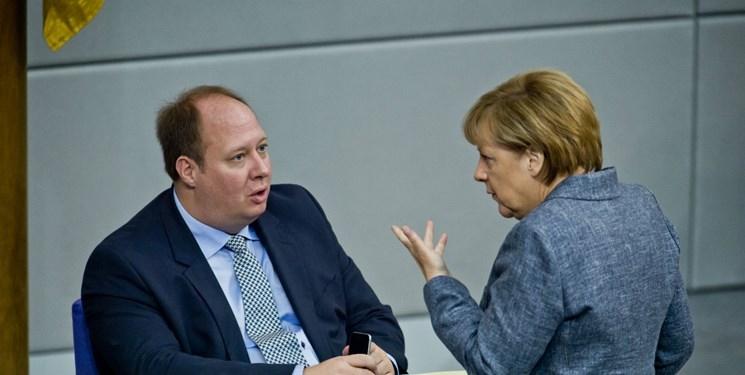 مرد نامرئی که جانشین مرکل صدراعظم آلمان می شود/ عکس