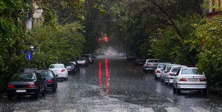 باد و باران شدید درراه گیلان