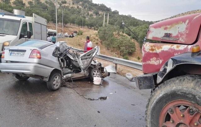 تصادف مرگبار پراید و کامیون با ۵ کشته در محور