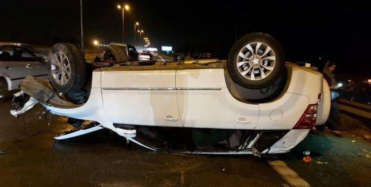عکس| پشتک زدن خودرو سوزوکی در اتوبان تهران قم