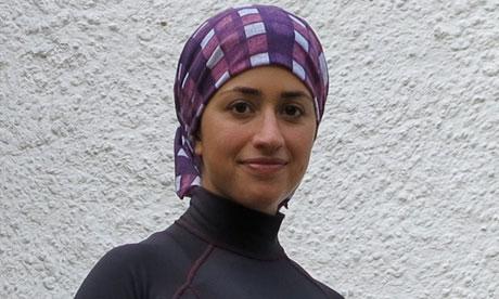 5936 480 - حضور نخستین بانوی ایرانی در مسابقه ورزش سه گانه در لندن+عکس
