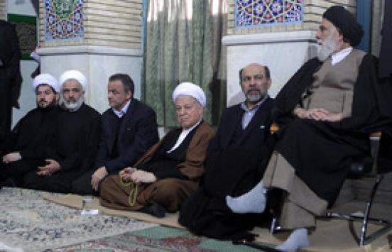 حضور و سخنرانی آیت الله هاشمی در جمع پرشور  مردم   کرمان /گزارش تصویری