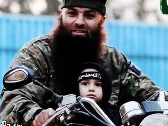25794 860 کوچکترین عضو داعش + تصویر