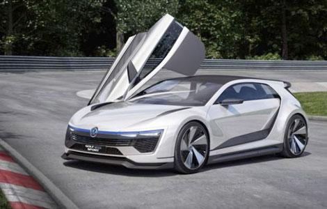 یکی از جذابترین خودروهای اسپرت جهان+تصویر