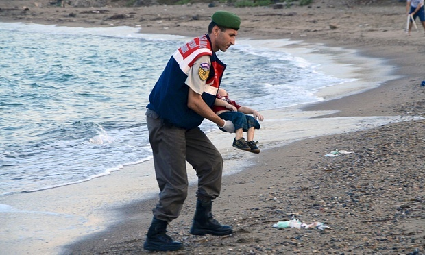 مهاجر سه ساله غرق شد +عکس و فیلم