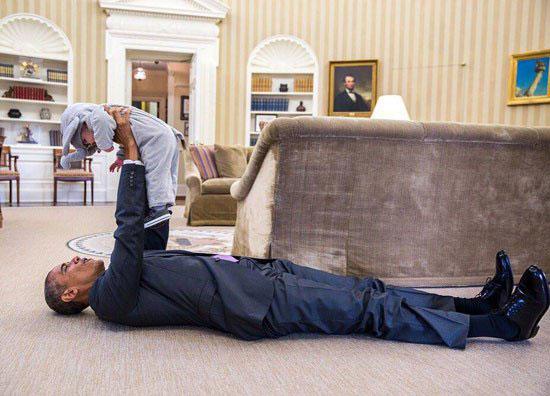 48680 283 دراز کشیدن اوباما در کاخ سفید