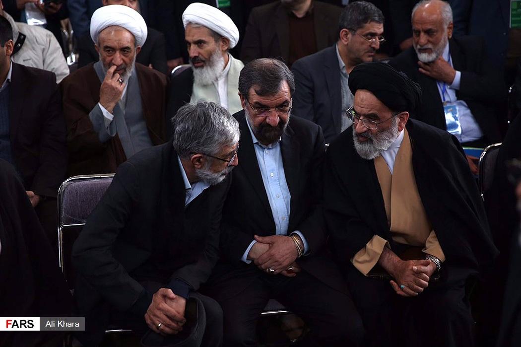 عیدی مستمری بگیران کمیته امداد95 تدبیر - تردید رضایی، بین لباس نظامی و ریاستجمهوری/ تصویر