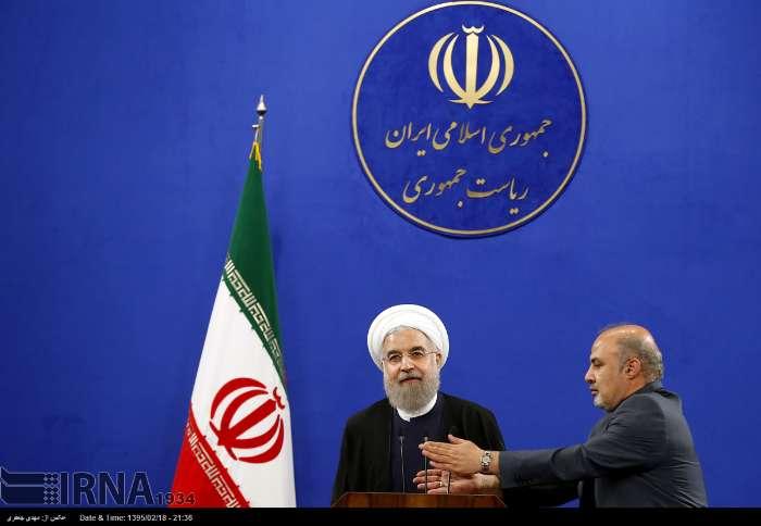 روحانی، لاریجانی و عارف در جمع منتخبین مجلس دهم چه گفتند؟+تصاویر و حاشیهها