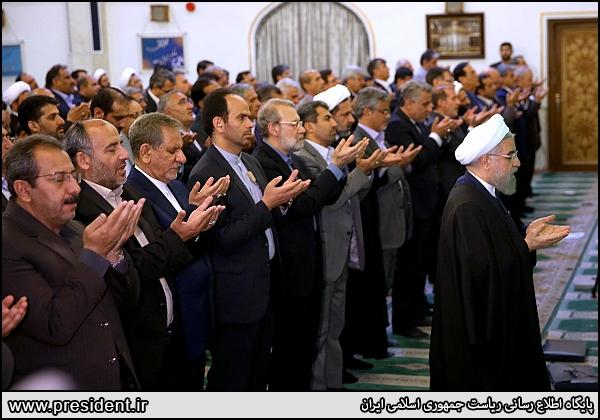 روحانی، لاریجانی و عارف در ضیافت منتخبین مجلس دهم چه گفتند؟+تصاویر و حاشیهها