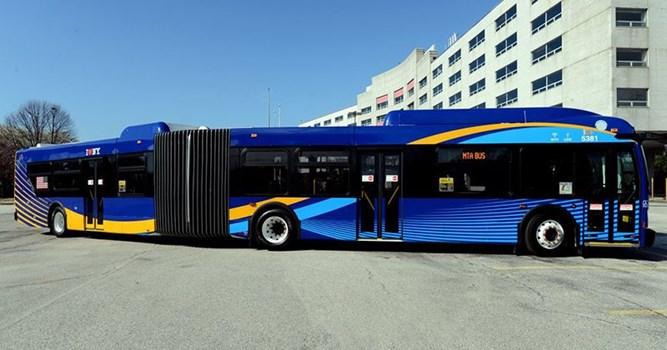 تردد نخستین اتوبوس دارای WiFi در نیویورک