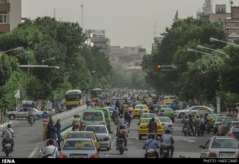 هوای پایتخت در شرایط ناسالم /افزایش چشمگیر میزان آلاینده ذرات معلق/ آمادهباش مراکز درمانی