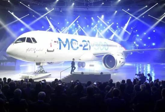 روسیه هواپیمای مسافربری جدیدی را رونمایی کرد+ عکس