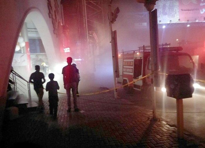 جوشکاری غیرایمن بازارچه کیان اهواز را به آتش کشاند