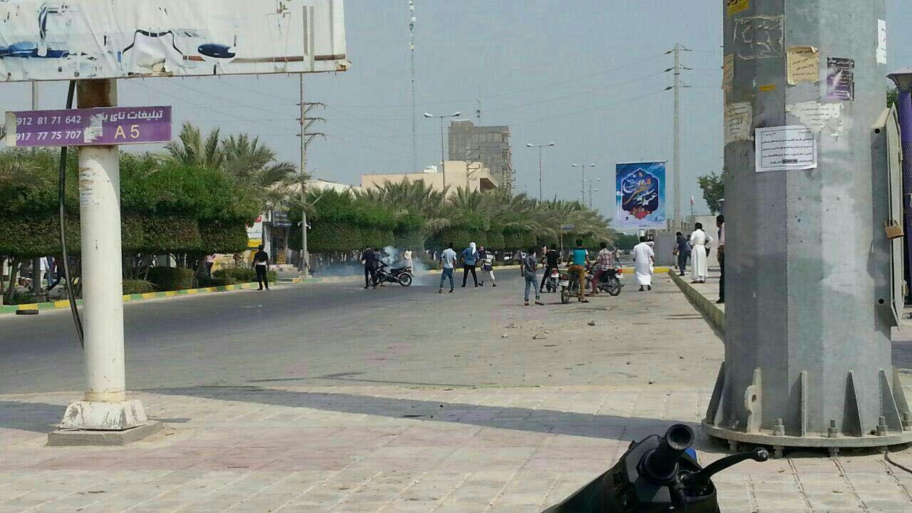 درگیری پلس و قاچاقچیان در بوشهر+تصاویر