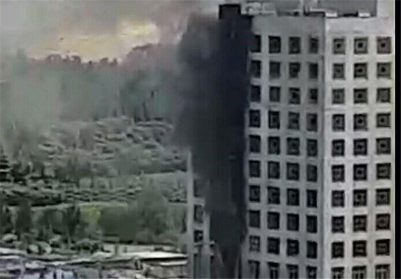 ساختمان بنیاد مستضعفان آتش گرفت