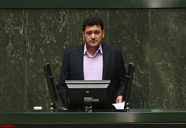 رفتار جریان احمدینژاد قابل پیشبینی و کنترل نیست