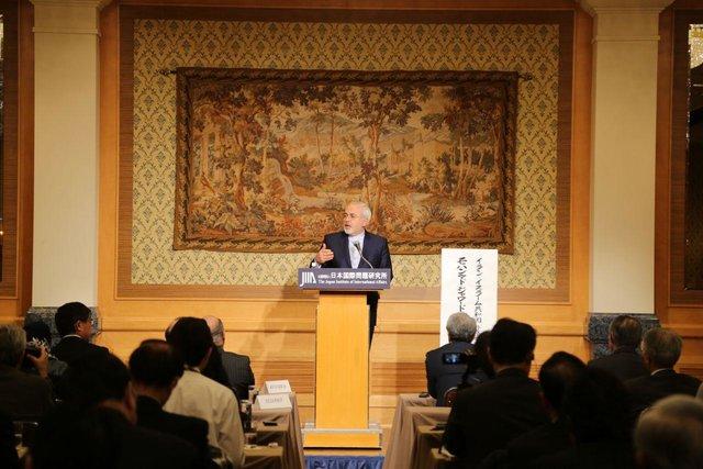 پاسخ ظریف به نگرانی ژاپنیها در مورد آینده برجام: توافق به حیات خود ادامه خواهد داد