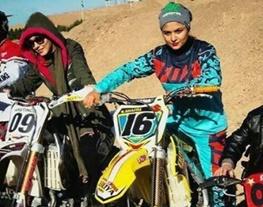 موتورسواری بازیگر زن تلویزیون+تصاویر