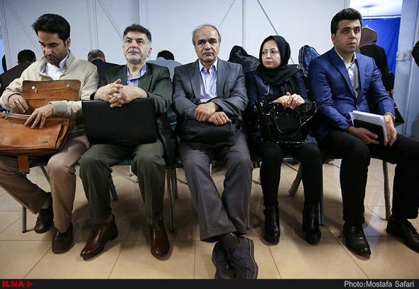 از مشورت داماد احمدینژاد با پدر همسر تا وساطت برای ثبتنام نامزد بدون شناسنامه