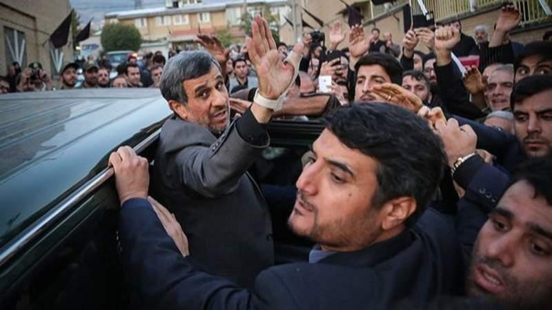 غیبت محمود احمدینژاد؛ چرا او نسبت به ناآرامیهای اخیر سکوت کرد؟
