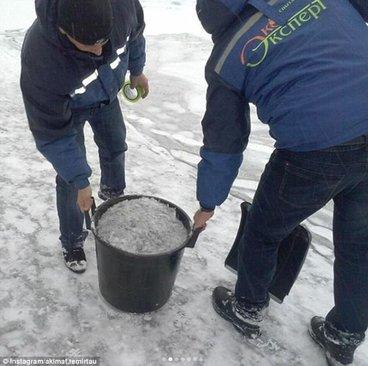 بارش برف سیاه در قزاقستان +عکس