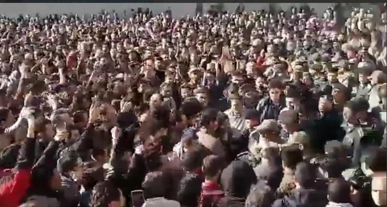 تجمع در چند شهر کشور در اعتراض به گرانی