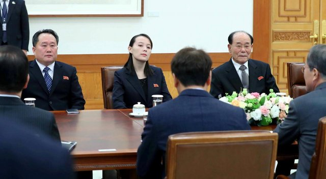 دیدار تاریخی رئیسجمهوری کرهجنوبی با خواهر کیم جونگ اون +عکس