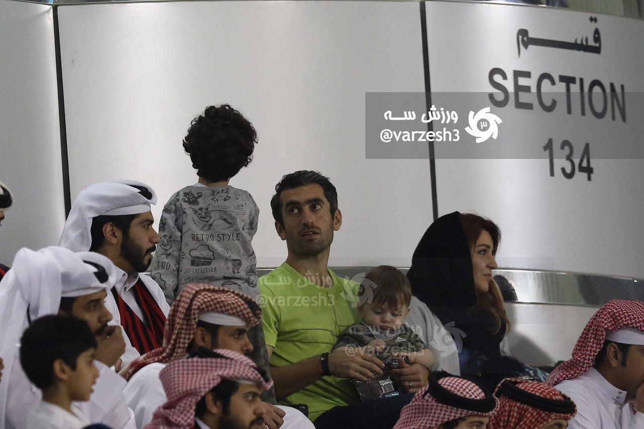 تصویری از حمایت خانوادگی مجتبی جباری از استقلال در قطر