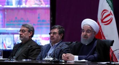 روحانی: بپذیریم که دوران پهنای باند است نه تنگنای باند/ برجام کلید بود نه شاه کلید/برخی ها فکر می کردند، مدرسه و دانشگاه جوانان را از خدا جدا می کند/مردم باید بدانند در کشور چه خبر است
