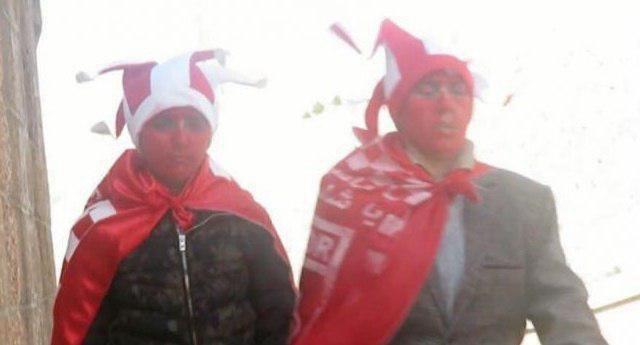 تصویری از ۲ دختری که قصد داشتند با پوشش پسرانه وارد ورزشگاه تبریز شوند