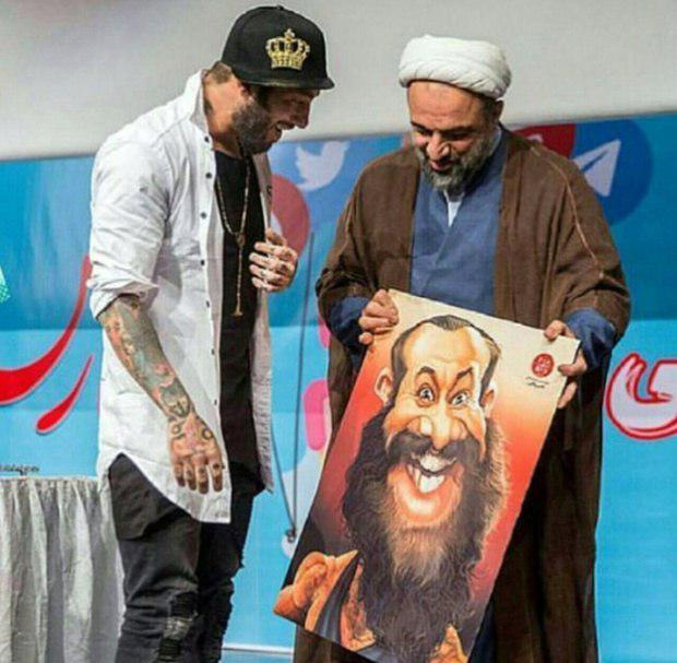 نظر عباس عبدی درباره عکس تتلو و رسایی+تصویر