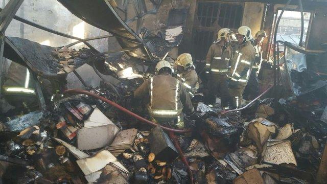 آتش سوزی گسترده بارانداز کالا در مرکز تهران+تصاویر