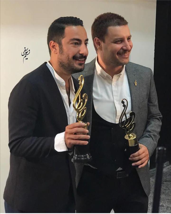 جواد عزتی و نوید محمدزاده در جشن حافظ / عکس