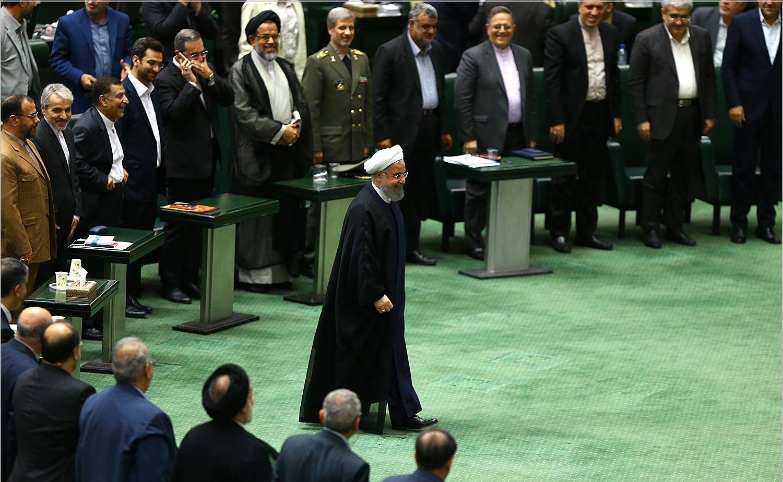 بازتاب گسترده رای اعتماد به وزرای روحانی/رویترز: زنگنه و ظریف کلیدیترین وزرای کابینه