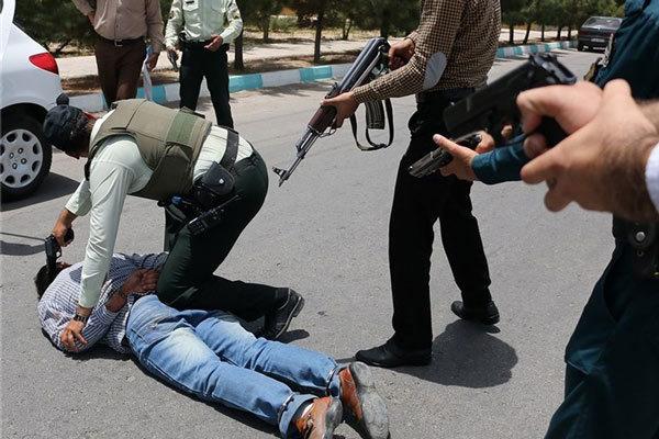 سرقت مسلحانه از بانکی در قزوین ناکام ماند +عکس