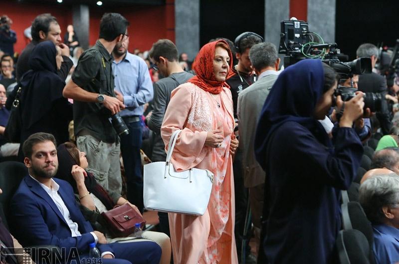 تصاویر / بزرگداشت چهار سینماگر با حضور چهرههای هنری