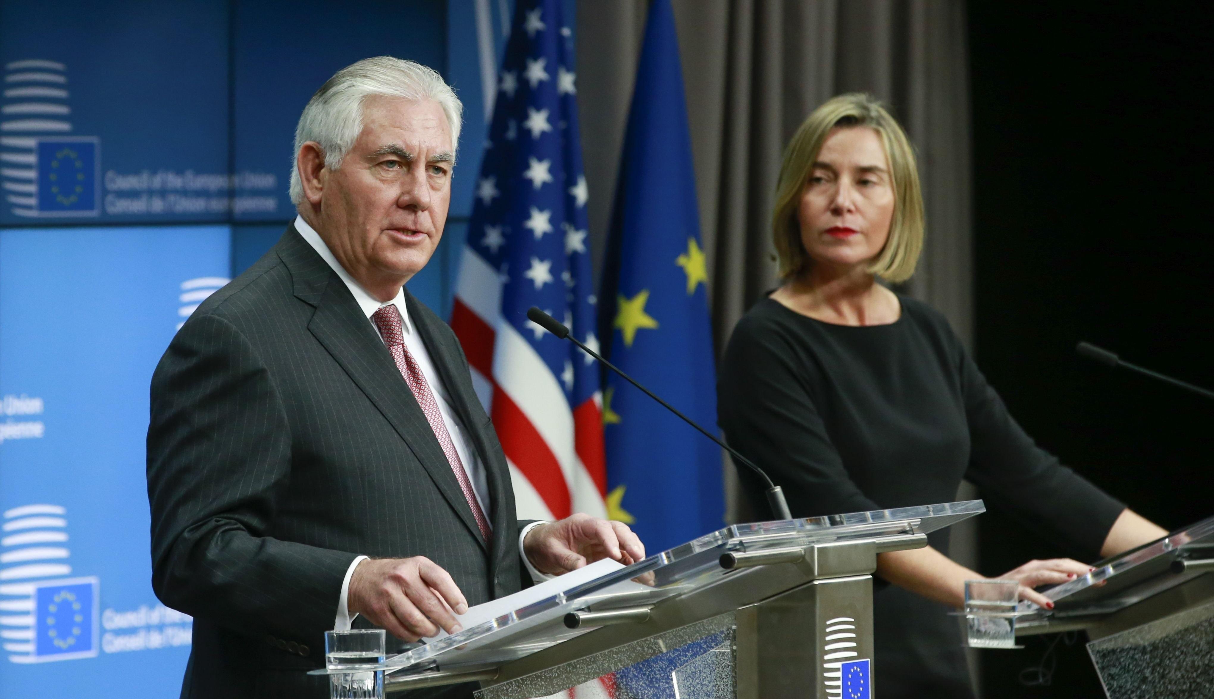 تیلرسون: آمریکا در برجام میماند/موگرینی: حفظ توافق هستهای، یک ضرورت است