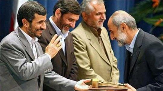 کیهان: از احمدینژاد دفاع کردیم که کردیم/حمله به سیدحسن خمینی، دولت روحانی و اصلاحطلبان