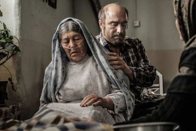 «شکستن همزمان بیست استخوان» محسن تنابنده در گوتنبرگ/ عکس