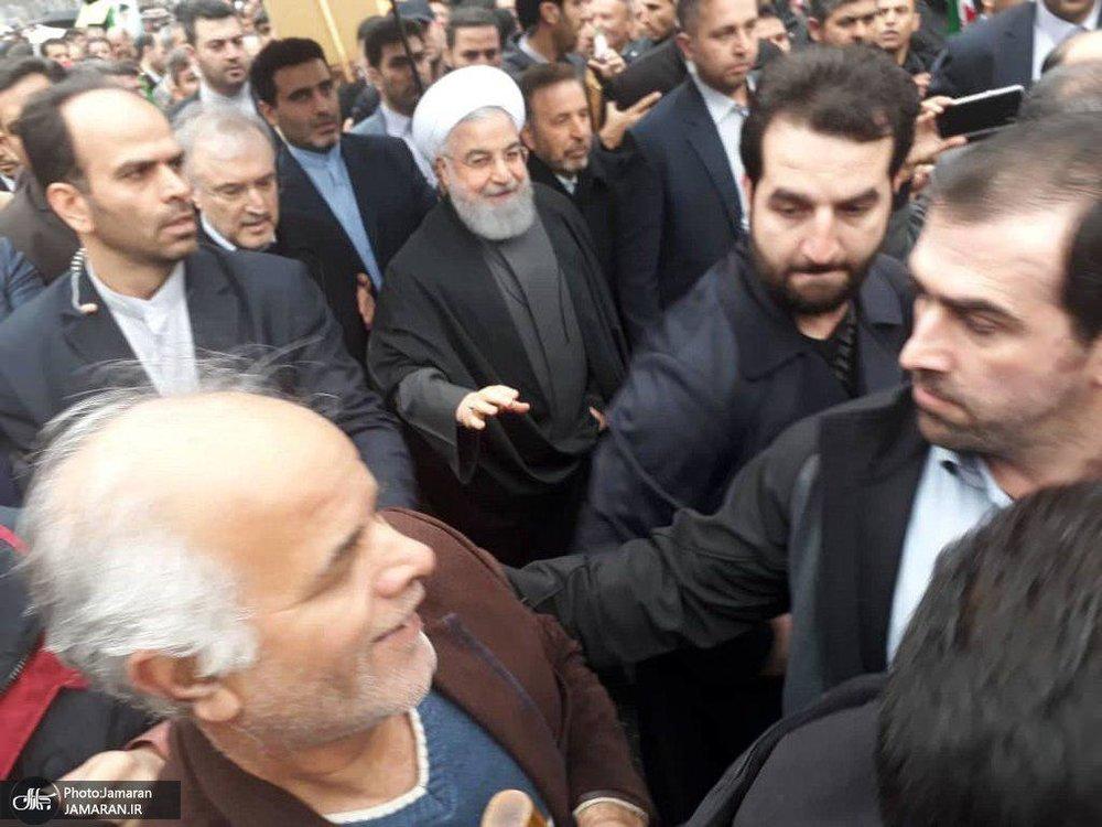 رئیس جمهوری به راهپیمانان تهرانی پیوست