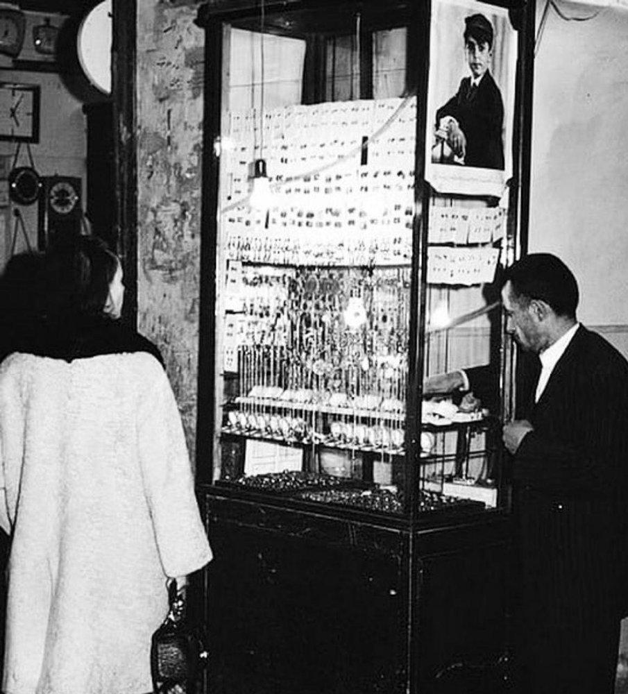 عکس | بازار طلافروشان تهران در دهه ۴۰