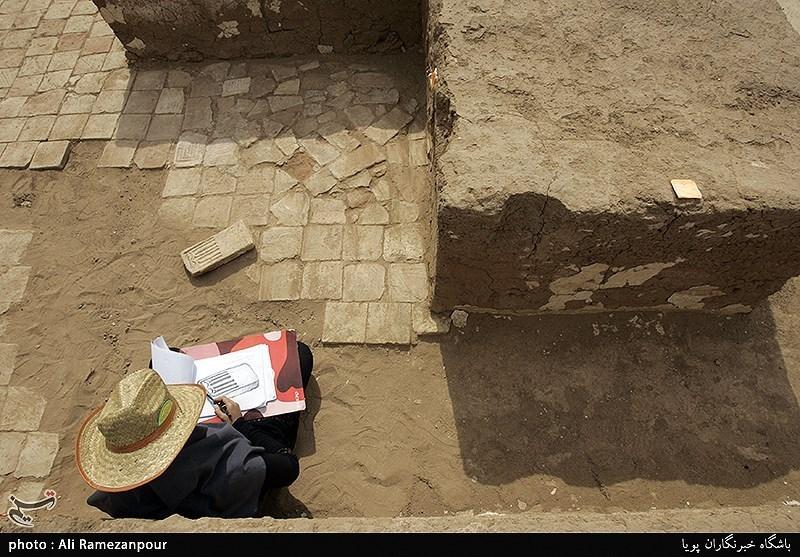 کشف سیستم آبرسانی و فاضلاب ۱۰۰۰ساله شهر ری + تصویر