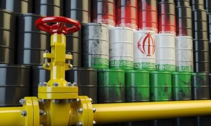 آمریکا: همه کشورها فورا واردات نفت ایران را متوقف کنند| تحریمها 10 میلیارد دلار از درآمدهای نفتی ایران کاسته