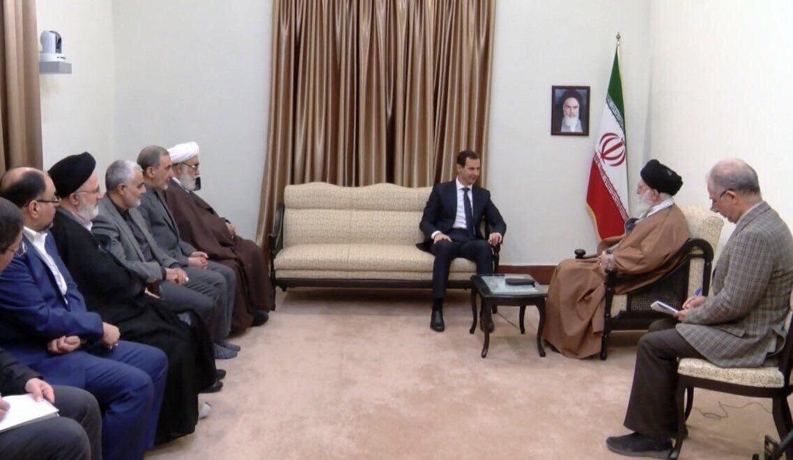 ظریف: بعد از عکسهای ملاقاتهای امروز، دیگر ظریف به عنوان وزیر خارجه در جهان اعتباری ندارد!
