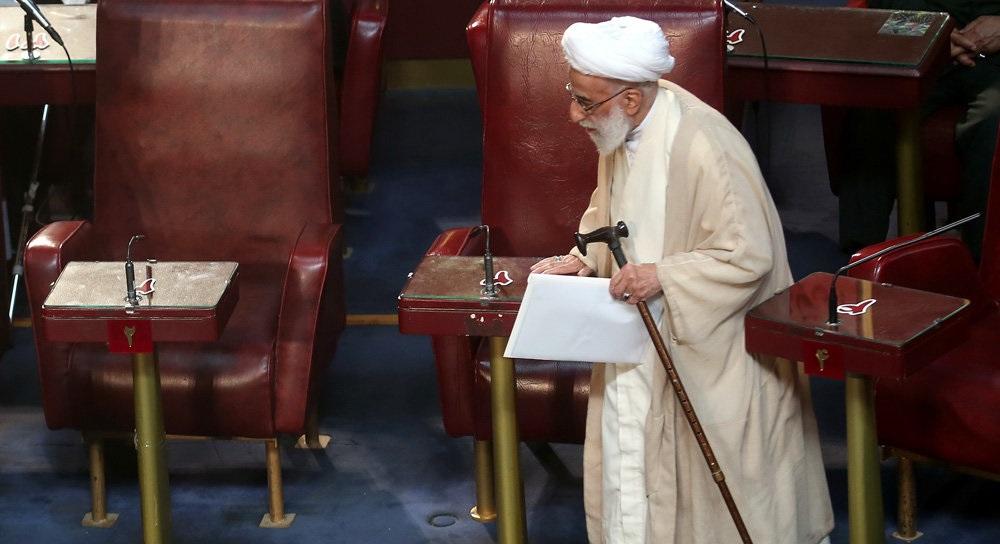 واکنشها به بیانیه جنجالی مجلس خبرگان رهبری درباره برجام/سوءاستفاده از نام خبرگان علیه رئیسجمهور