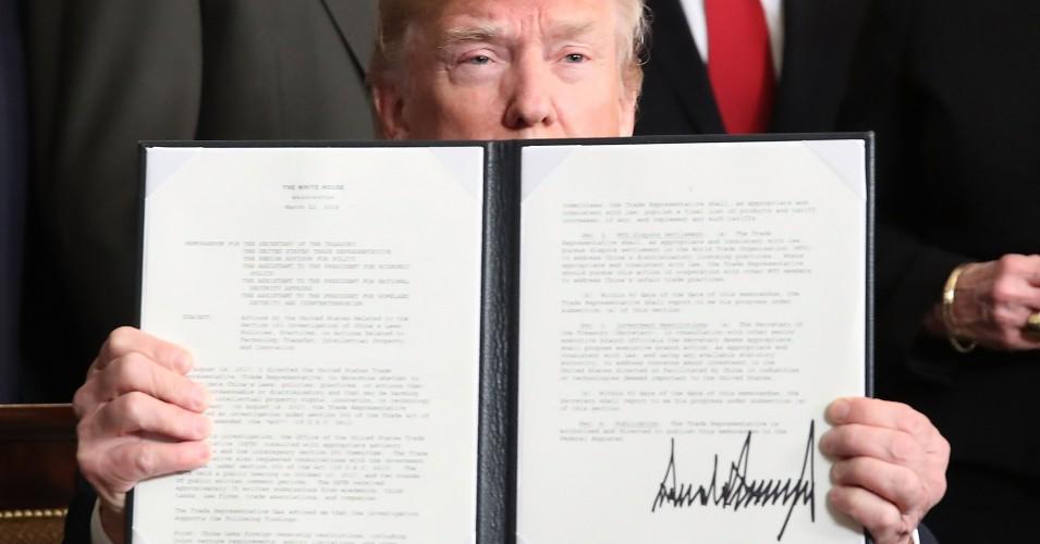پیام کنگره به دونالد ترامپ: مجوز قانونی برای شروع جنگ با ایران را ندارید