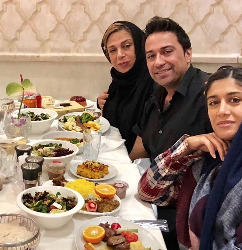 افطاری لاکچری خانم بازیگر و فرزندانش/عکس