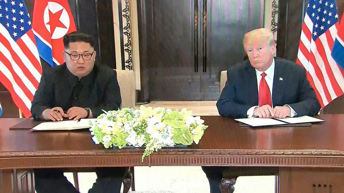 سند تاریخی بین آمریکا و کره شمالی امضا شد/خلع سلاح هستهای کره شمالی؟